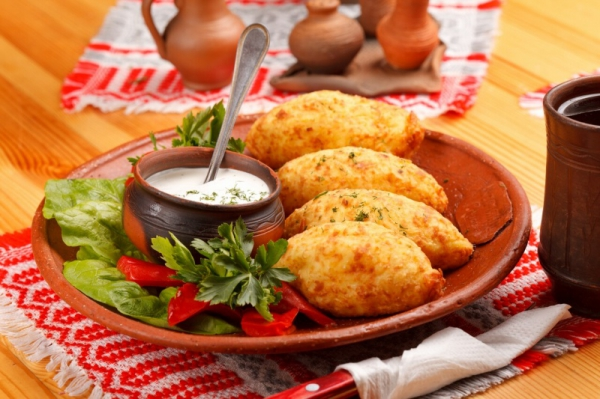 питание толстолобика и амура
